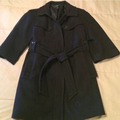 Gap Navy Wool 3/4 Sleeve Coat Super cute and perfect condition, passing it on since it doesn't get enough wear here in the PNW. GAP Jackets & Coats Trench Coats