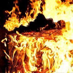 Studio Markunpoika - Engineering Temporality in flames