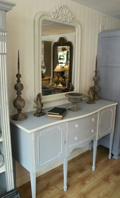 Vintage Sideboard Painted in Annie Sloan Chalk Paint (Main colour a mix of Louis Blue and Paris Grey, highlight colour Old White)