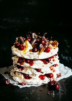 Christmas Pavlova/thank you for my most delicious Chirstmas/birthday dessert