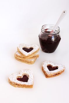 raspberry linzer heart cookies #food #photography #recipe