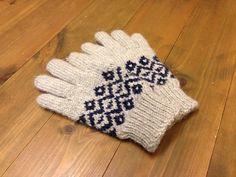 編み込み模様手袋