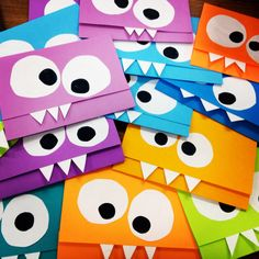 Monsterparty Kindergeburtstag einladung-basteln-farbiges-papier The Effective Pictures We Offer You About DIY Birthday Cards for mom A quality picture can tell you many things. Monster Invitations, Birthday Invitations Kids, Diy Invitations, Birthday Cards, Monster Party Invites, Birthday Diy, Halloween Invitations, Invitation Ideas, Monster Book Of Monsters