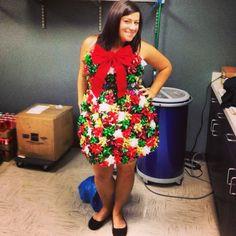 Christmas Kitty | Ugliest christmas sweaters