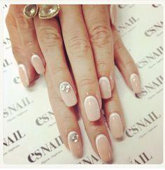 ES nails, white nail polish, rhinestones, tan nail polish, gel manicure, gels, nail art, nude palette