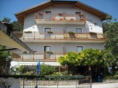 £891,375 - Hotel, Faedo, Trento, Trentino-Alto Adige, Italy