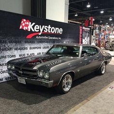 My favorite, 70 SS Chevelle. The best Chevelle Ever ! Old Muscle Cars, Chevy Muscle Cars, American Muscle Cars, 1970 Chevelle Ss, Chevrolet Chevelle, Old School Cars, Oldschool, Cool Cars, Dream Cars
