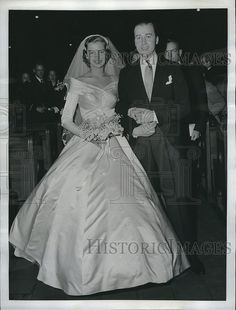 1956 Press Photo Lord Porchester and His Bride Jean Margaret Wallop | Historic Images