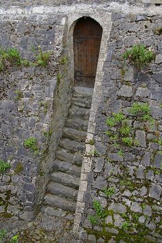 Entrance, Kilkenny Castle, Ireland