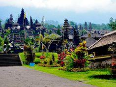 Hihglights der Inselperlen Rundreise - Bali - Pura Besakih lässt die Macht der Götter spüren