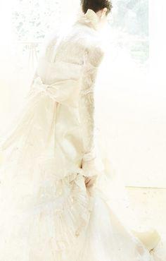 Rose Mary Nicassio in Carminati vintage dress. Ph. Nina Viviana Cangialosi Stylist. Micaela Colella per B.Retrò www.b-retro.com
