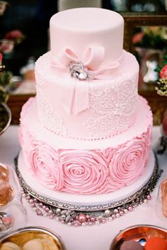 There are many ways to rock a pink wedding cake. While you could have an entirely pink cake, you could also do something a bit more subtle. Beautiful Wedding Cakes, Gorgeous Cakes, Pretty Cakes, Dream Wedding, Spring Wedding, Bow Wedding, Trendy Wedding, Chic Wedding, Wedding Blush