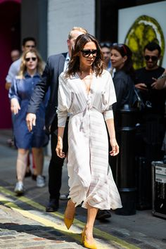 6dbad2f86641 Head over to the English capital with us as we keep up with all the best  street style looks outside the shows at the London Fashion Week Men s  spring summer ...