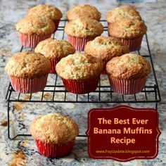 The Best Ever Banana Bread -  via @Foy Update/ // #banana #muffins #recipe