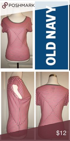 OLD NAVY Top NWOT New coral and gray geometric top Old Navy Tops