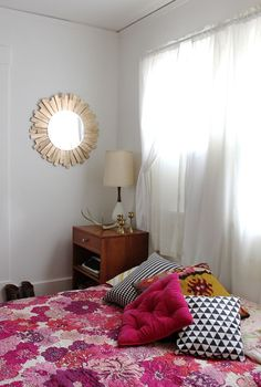 Starburst Mirror DIY from Smile and Wave on A Beautiful Mess.
