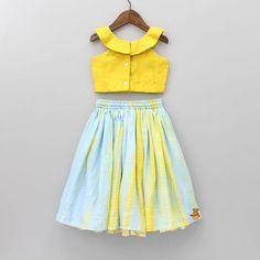 Girls Frock Design, Fancy Dress Design, Kids Frocks Design, Baby Frocks Designs, Cute Little Girl Dresses, Dresses Kids Girl, Baby Dresses, Kids Lehenga, Baby Lehenga