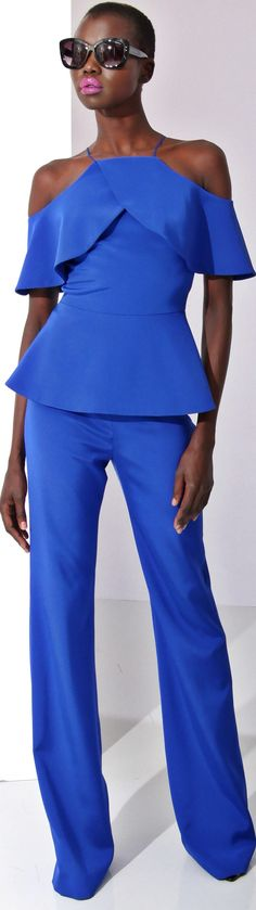Christian Siriano Pre Fall 2016 l Ria blue women fashion outfit clothing style apparel closet ideas Blue Fashion, Fashion 2017, African Fashion, High Fashion, Fashion Outfits, Womens Fashion, Fashion Trends, Minimalist Outfit, Mode Glamour