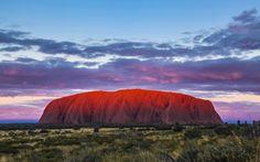 Tramonto su Ayers Rock in Australia
