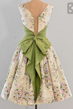 ♥the bow pretty outfits, beautiful outfits, gorgeous dress, cute outfits, Vestidos Vintage, Vintage 1950s Dresses, Vintage Outfits, Vintage Fashion, 1950s Party Dresses, 1950s Fashion Dresses, Vintage Clothing, Pretty Outfits, Pretty Dresses