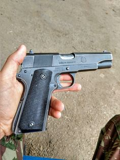 Pistola IMBEL 9 currently being replaced by the Beretta - Guns & Weapons Shooting Guns, Shooting Range, Gun Aesthetic, Alcohol Aesthetic, Best Love Pics, Rock Island Armory 1911, Hip Hop Classics, Ar Rifle, Jeep Photos