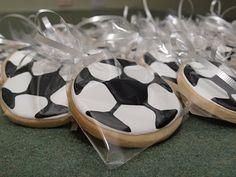 soccer cookies Soccer Cookies, Cut Out Cookies, Christmas Cookies, Sweet Treats, Basketball, Party Ideas, Sports, Kids, Food