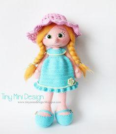 Amigurumi Blue Dress Doll Free Pattern | Tiny Mini Design