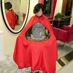 Styling Tools Frugal Pro Cartoon Pattern Cutting Hair Waterproof Cloth Salon Barber Cape Hairdressing Hairdresser Apron Haircut Umbrella Capes