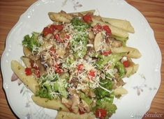 Pasta with pan fried vegetables - obiad - Makaron Fried Vegetables, Vegetable Pizza, Chili, Fries, Food And Drink, Diet, Recipes, Chile, Chilis