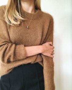 Petite Knit - The Stockholm Sweater is knit from the top down in stockinette stitch with two strands of silk/mohair lace weight yarn held together. Sweater Outfits, Fall Outfits, Pullover Outfit, Knit In The Round, Sweater Weather, Dress To Impress, Knitwear, Winter Fashion, Style Inspiration