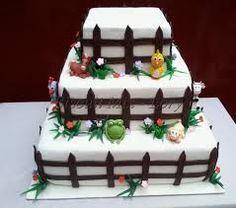 Resultado de imagem para bolo de aniversario tema fazendinha