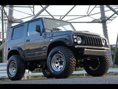 スズキ ジムニー カスタムコンプリート - Buscar con Google Suv Trucks, Suv Cars, Jeep Truck, Suzuki Jimny, Samurai, Jimny 4x4, Mini Jeep, Datsun 510, Jeep Life