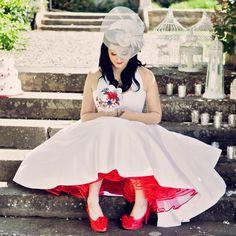 10-vintage-wedding-shoot.jpg (600×600)