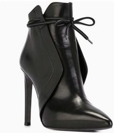 Ladies Short Elegant Bow-Tie Pointed Toe High Heels Boots I'm In love with this boots! Source by enmahoney shoes High Heels Boots, Heeled Boots, Bootie Boots, Shoe Boots, Stiletto Boots, Shoes Sandals, Bootie Heels, High Heels Outfit, Shoes Sneakers