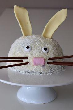 Zitronenkuchen gefüllt mit einer Heidelbeer-Mascarpone-Creme trifft Hasen, Rezept für den Thermomix und den Mixer, für Ostern, Kindergeburtstage, Hasenliebhaber und Mottopartys, Hasentorte