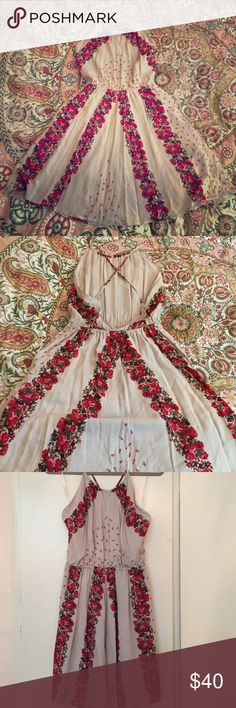 Free People backless floral print dress Beautiul taupe dress with red tone floral print, high neck and stunning low back. Worn only once! Free People Dresses