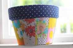 a bit of sunshine: make something monday (on tuesday) :: patchwork pots ༺✿ƬⱤღ  http://www.pinterest.com/teretegui/✿༻