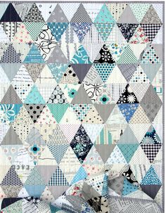 Triangles and More Triangles! An Equilateral Triangle Quilt in Blue and White   © Red Pepper Quilts 2017