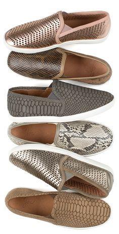 ¡Que en tu armario nunca falten unos buenos #sneakers! Se verán increíbles con tu outfit preferido. #Trends #Tendencias #Shoes #Winter