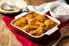 Try this great Hearty Chicken and Onion Sishebo recipe from Your Perfect Sishebo's recipes archives. Make Your Perfect Sishebo today! South African Recipes, Ethnic Recipes, The Essential, Spice Mixes, Main Meals, Chicken Wings, Stew, Great Recipes, Casserole