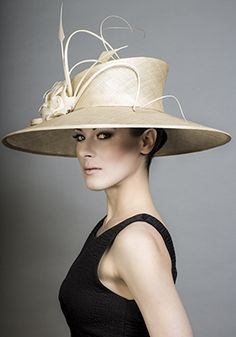 Rachel Trevor-Morgan Millinery - Natural fine straw boater with quill and arrow trim. #millinery #judithm #blocking