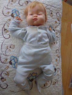 b02e36e530 Vintage Vogue 1960 Eloise Wilkin Baby Dear Doll 18