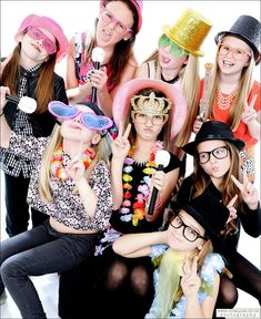 party for teens,some adult party Teenage Party Games, Indoor Party Games, Party Mottos, Tumblr Girls, House Party, Photo Sessions, Harajuku, Captain Hat, Crafts For Kids
