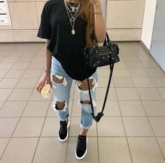 😍😍😍 Tips de Moda   Chill Outfits, Dope Outfits, Swag Outfits, Cute Casual Outfits, Simple Outfits, Stylish Outfits, Cute Everyday Outfits, Urban Style Outfits, Teen Fashion Outfits