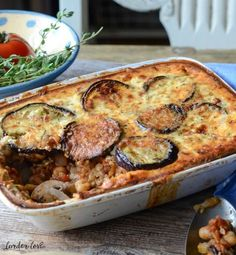 Easy Vegetarian Mousaka (recipe) - My very best memories of moussaka are having . - Easy Vegetarian Mousaka (recipe) – My very best memories of moussaka are having it served with ch - Vegetarian Dinners, Vegetarian Recipes, Cooking Recipes, Healthy Recipes, Moussaka Recipe Vegetarian, Fancy Recipes, Pescatarian Recipes, Vegetarian Cooking, Dinner Recipes