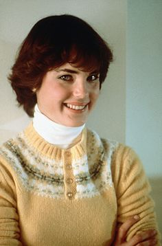 1980 Preppy Fair Isle Sweater & TNeck Elizabeth McGovern in a publicity photo for ORDINARY PEOPLE Turtleneck celebs in turtlenecks 60 Fashion, Retro Fashion, Vintage Fashion, Vintage Style, Classic Fashion, Fashion Dresses, Preppy Handbook, Elizabeth Mcgovern, Valley Girls