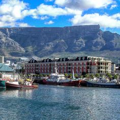 Waterfront Cape Town #agusm_spotlight #artnetinstagram #dream_image #exclusive_shot #exploringtheglobe #global_hotshotz #golden_heart #greatshots #ig_great_shots #ig_igeda #ig_worldclub #igglobalclub #igtraveller #jaw_dropping_shots #master_shots #natgeo #natgeotravel #naturewhisperers #phototag_it #special_shots #splendid_earth #Superhubs #thebest_capture #world_shotz #worlderlust #IG_Exquisite #ucic #adventurevisuals by rolfpet43