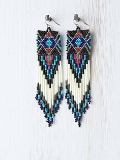 Look Gorgeously Down-To-Earth With Beaded Tribal Jewelry! Seed Bead Jewelry, Seed Bead Earrings, Beaded Earrings, Beaded Jewelry, Handmade Jewelry, Tribal Earrings, Native American Earrings, Native American Beadwork, Seed Bead Patterns