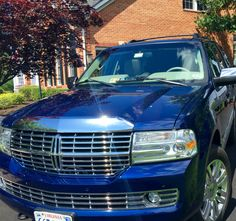 Just finished waxing the Linc with Pigsnot wax. Looks like new!  Lincoln Navigator Pigsnot wax cars