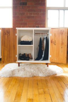 Take IKEA to the next level with this incredible KALLAX makeover! Loving the mid-century modern look of this beautiful storage/organization hutch. Click the image for more info on how to make this!